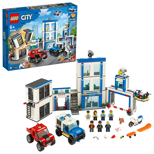 Купить LEGO City 60246 Конструктор ЛЕГО Город Полицейский участок, Конструкторы LEGO