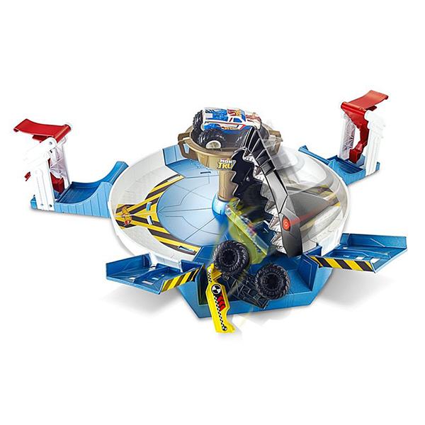 Купить Mattel Hot Wheels FYK14 Хот Вилс Игровой набор Монстр трак Поединок с акулой , Игровые наборы и фигурки для детей Mattel Hot Wheels