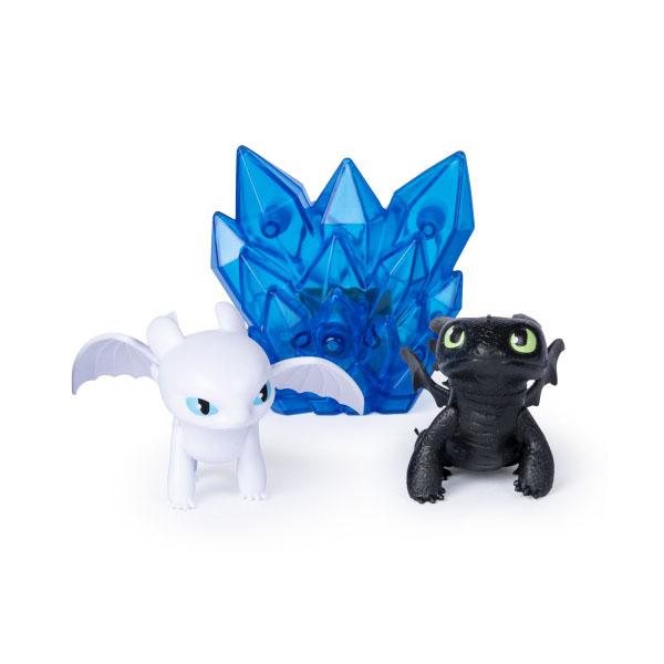 Купить Dragons 66629 Дрэгонс 2 фигурки светящихся дракончиков и люминесцентный кристалл, Игровой набор Dragons