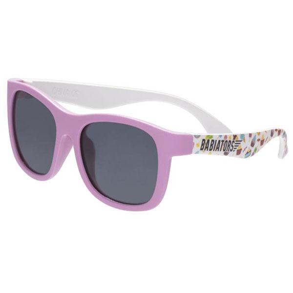 Купить Babiators LTD-046 Солнцезащитные очки Printed Navigator. Сладкие угощения Дымчатые. Classic (3-5), Солнцезащитные очки Babiators